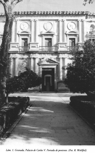 Lám. 1, Granada, Palacio de Carlos V: Portada de poniente.