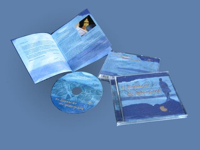 cd y libreto del álbum El Sombrero del Alquimista