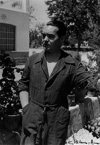 Federico García Lorca en la Huerta de San Vicente, Granada