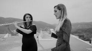 Inma Gómez, Yolanda Campos de La Reverie-CANTICA interpretan 'Coplas a la muerte de su padre' de Jorge Manrique, poesía. Manuel Esteban, composición.